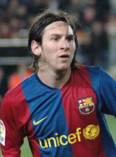 da387fbaaf  6  Ia juga mencetak rekor untuk gol terbanyak dalam satu musim pada musim  2011-12