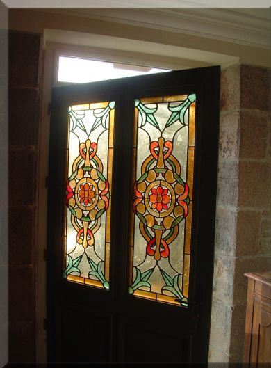 Glass Designer: Door glass painting