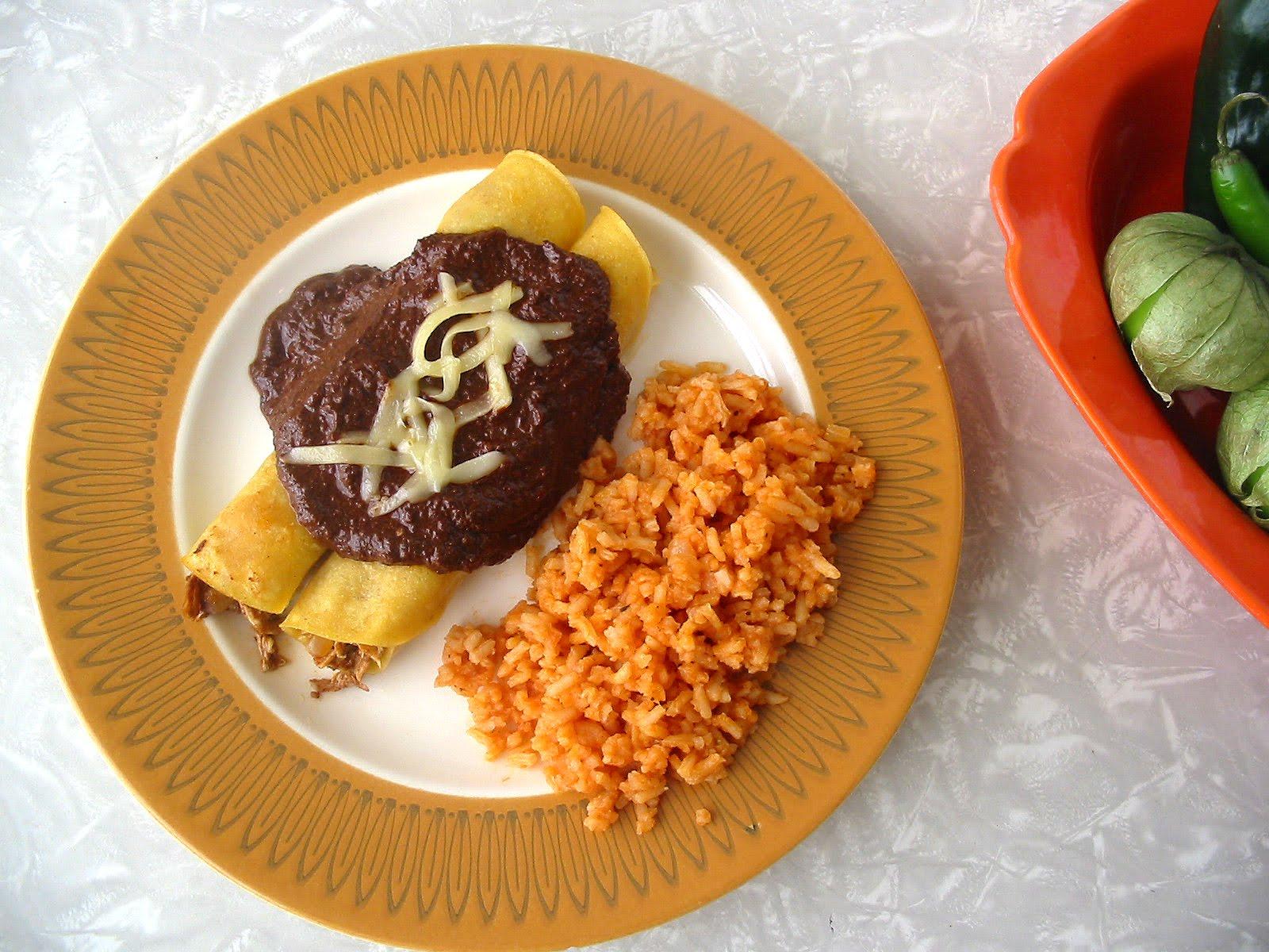 The Hungry Texan: Chicken Mole Enchiladas (Enmoladas)