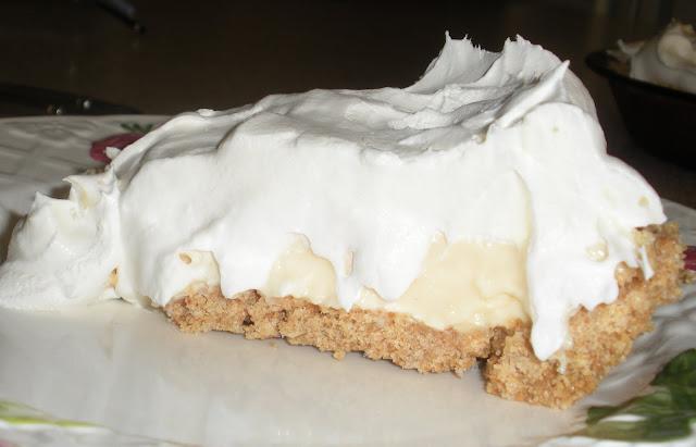 Poofing the Pillows Lemon Cream Pie
