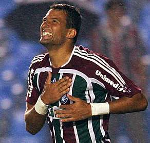 2c11bcd02a O atacante Washington deixou o São Paulo nesta terça-feira e voltará a  defender o Fluminense