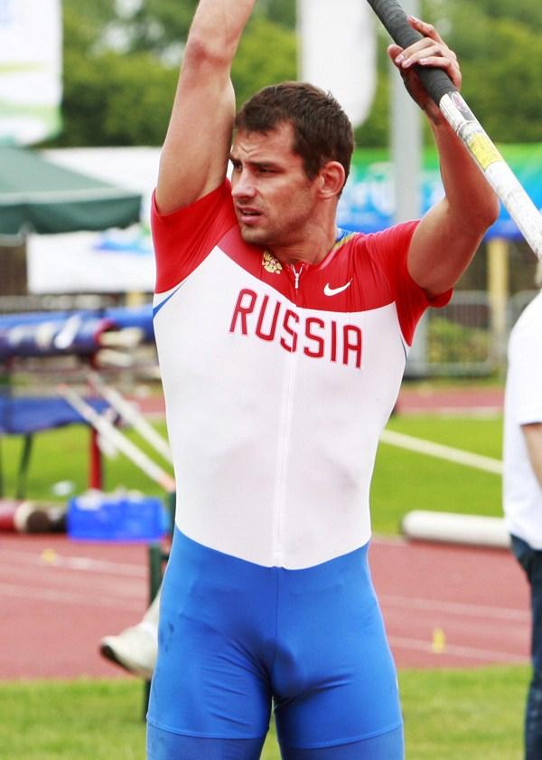 stoyak-u-sportsmenov-foto-pizde-pokazat