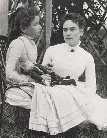 [Helen+Keller+(2).jpg]