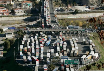 these images shows need for a better traffic management systems (10) 8