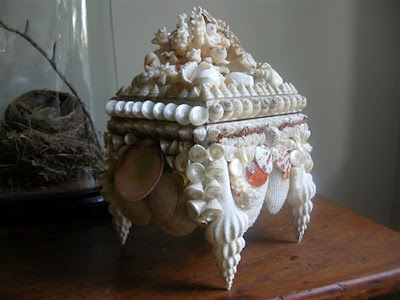 seashell box w/seashell legs