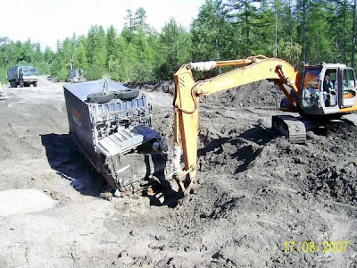 truck stuck in mud (5) 4