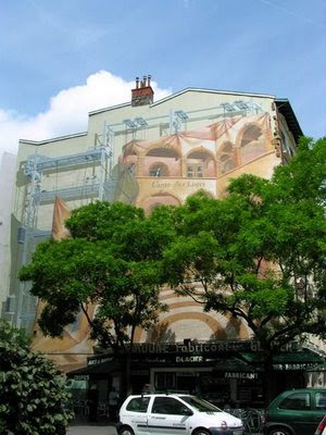 Creative And Illusionary Building Paintings (12) 10