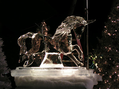 25 Creative And Impressive Ice Sculptures (25) 22