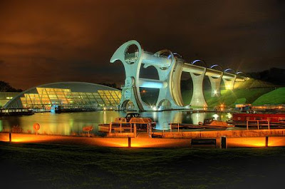 The Only Rotating Boatlift In The World - The Falkirk Wheel (11) 11