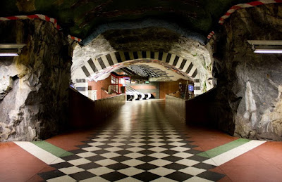 Artistic and Creative Swedish Subway System (21) 12