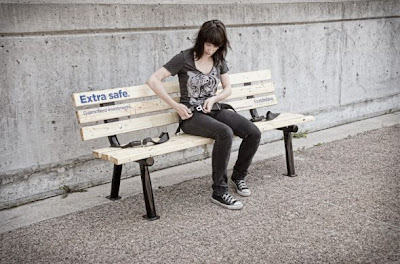 16 Creative and Clever Bench Advertisements (16) 2