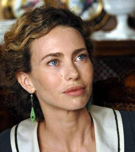 Chi è Yvonne Sciò: Età, Altezza, Peso, Instagam, Biografia ...