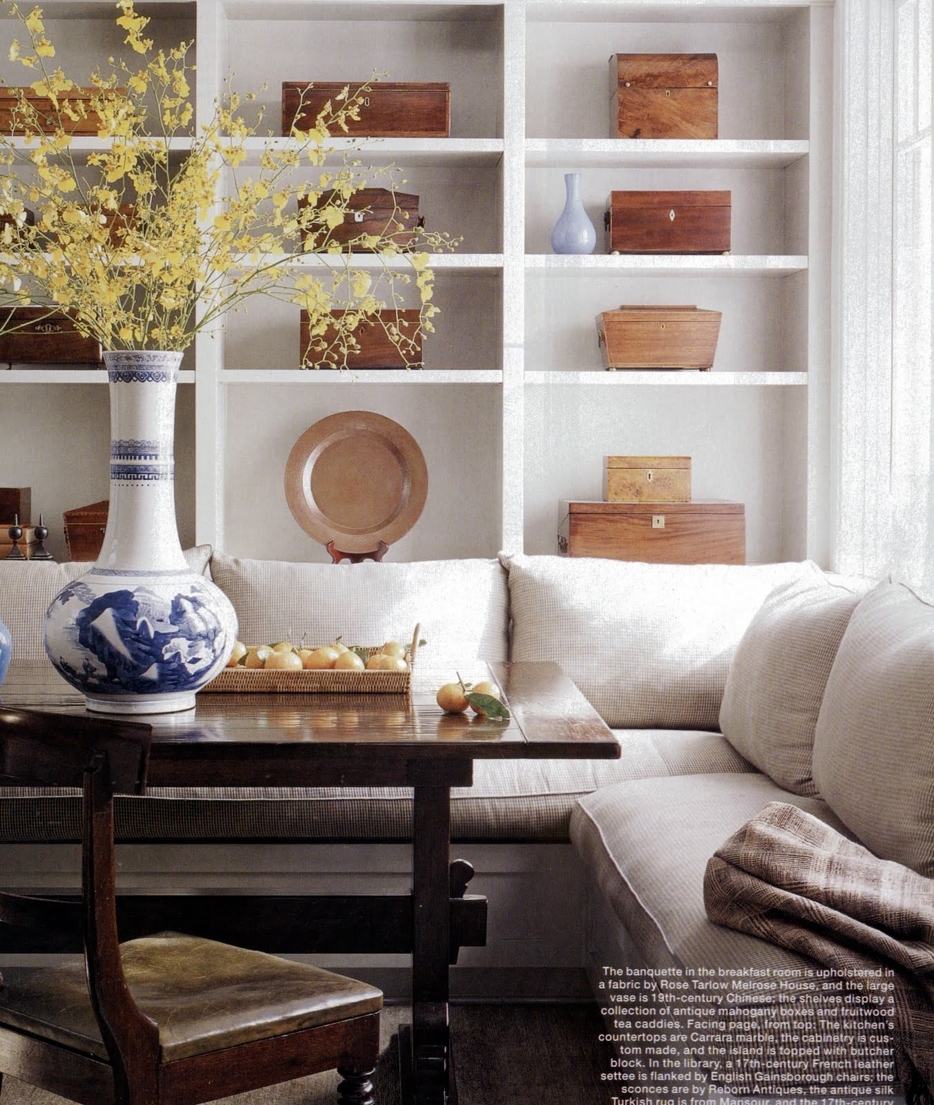 Elle Decor Bookshelves: AESTHETICALLY THINKING: BEAUTIFUL BANQUETTES