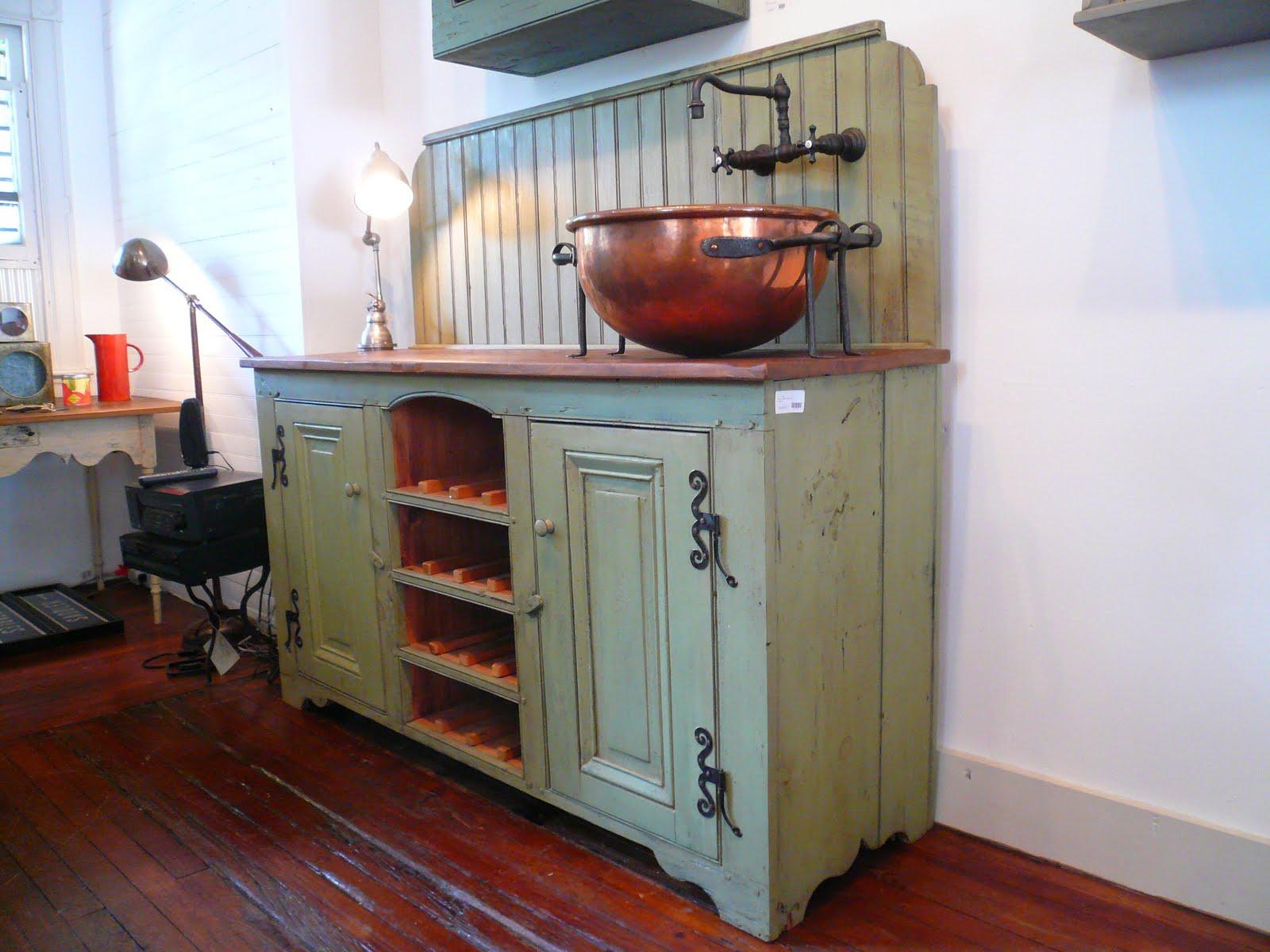 timeless kitchen cabinetry one of a kind wet bar. Black Bedroom Furniture Sets. Home Design Ideas