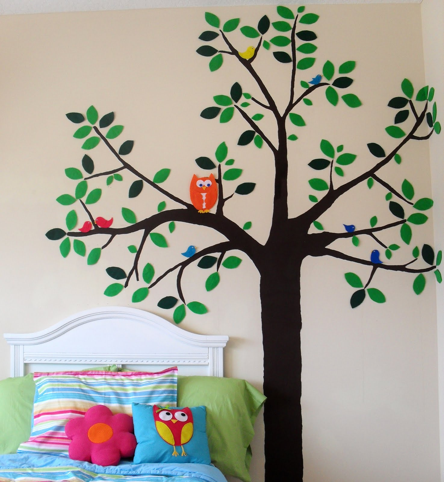 Sew Can Do: CraftShare Featured Guest: DIY Wall Decals