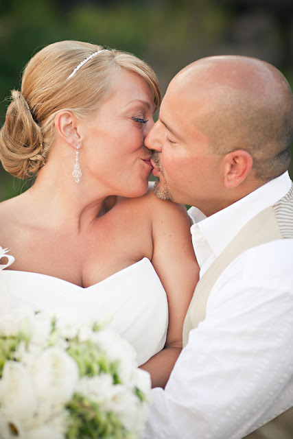 Sacha Blackburne Photography Amy Peter Wedding Grotto Bay Bermuda