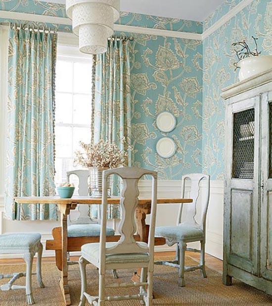 Interiors: Classic Room Wallpapers Design