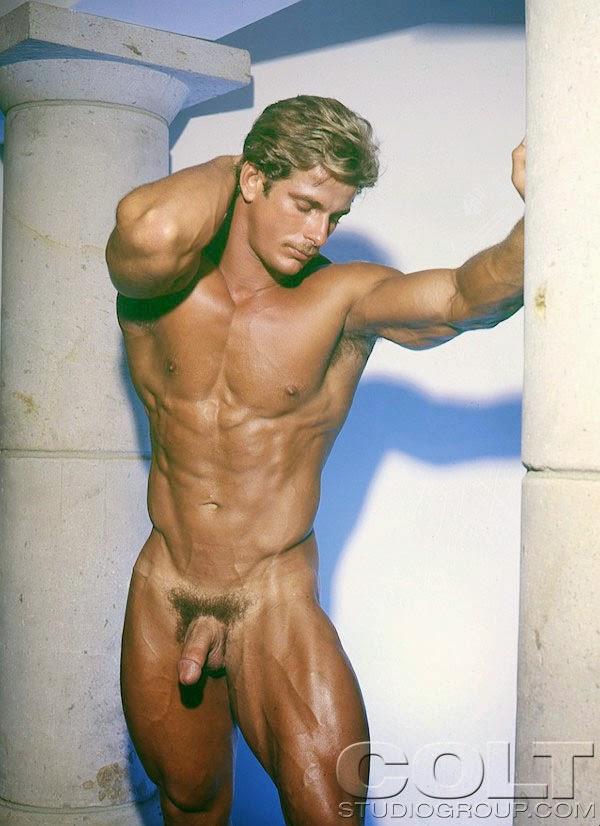 naked guy nude beach