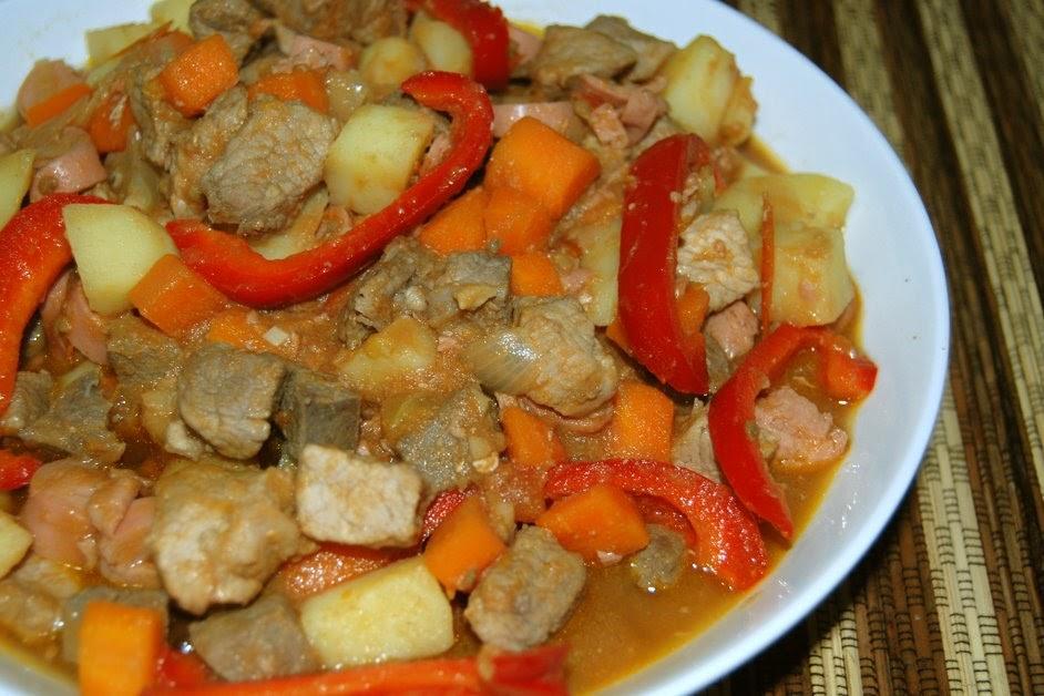 what's cooking: Pork Menudo (w/o tomato sauce)