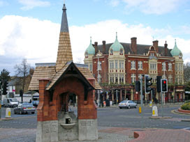 Wanstead drinking fountain and The George