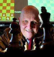 Leontxo García divulgador del ajedrez en España