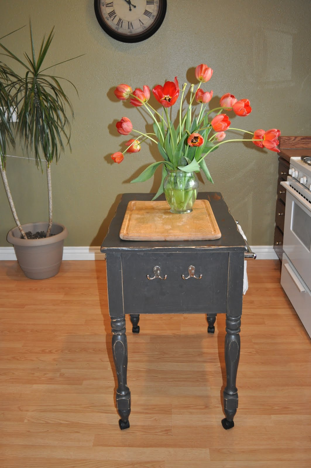 Mainstay Kitchen Table Used