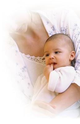 Οσον αφορά το δωμάτιό του να είσαι σίγουρη ότι τον πρώτο καιρό το μωρό θα  είναι καλύτερα να κοιμάται στο ίδιο δωμάτιο με εσένα. Είναι πιό πρακτικό  για την ... 9a0a892cc45