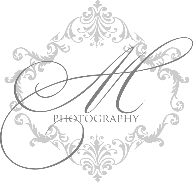 Signatures by Sarah: Business Logo for Maria