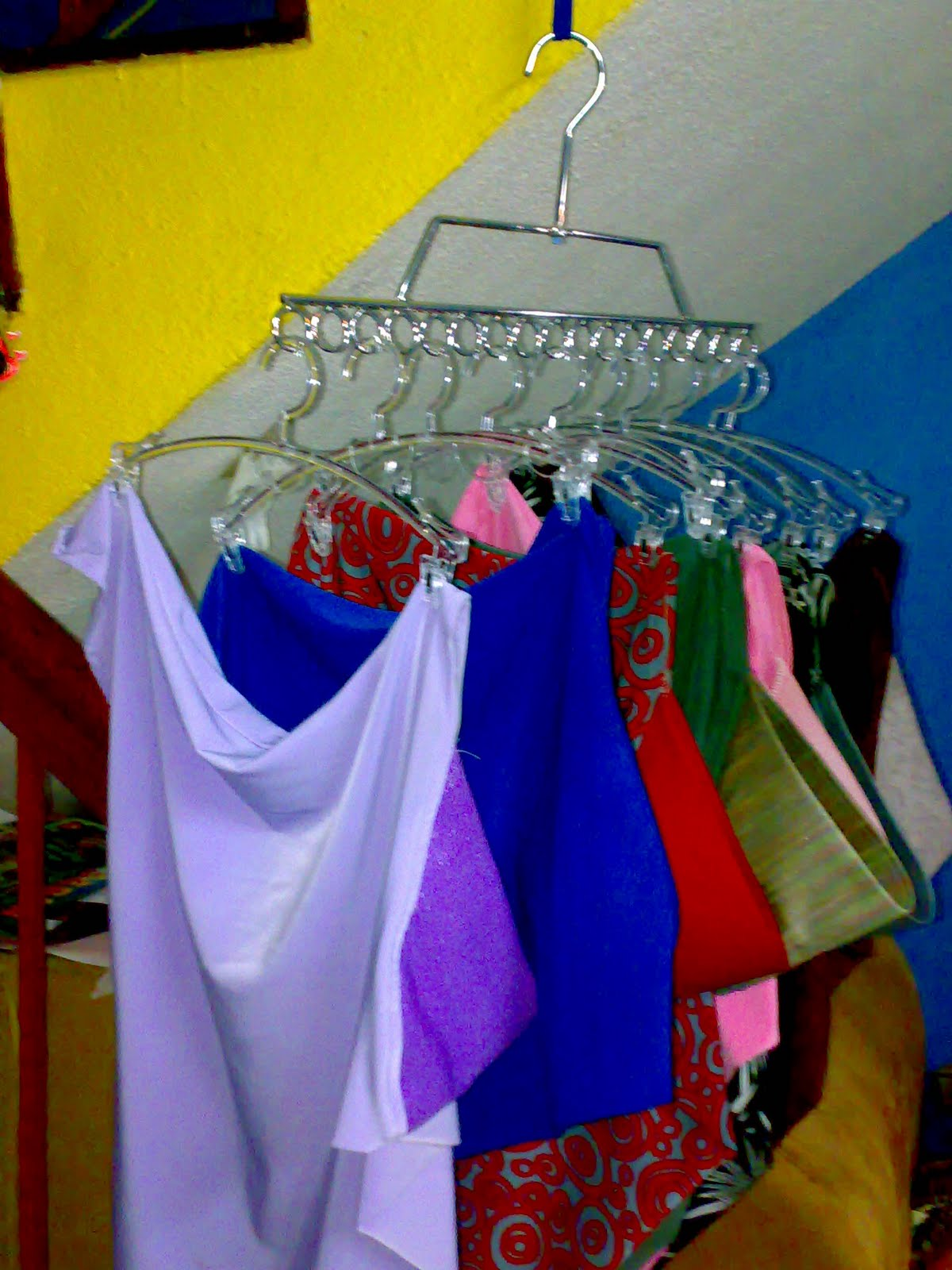 Blue & Pink: Hanger Tudung Berklip (Kecil)