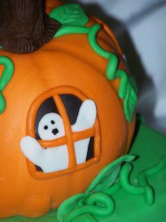 Fall & Halloween Cakes