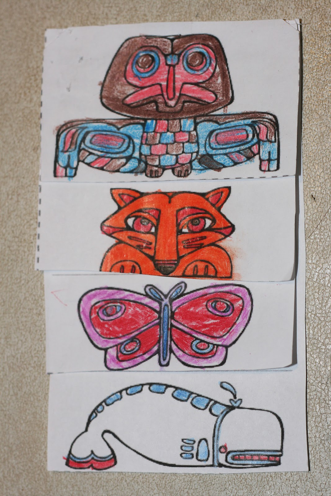 Totem Poles Coloring Pages