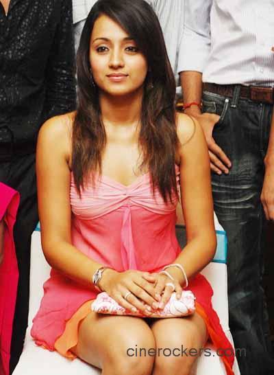 Divya dutta showing boobs at wwwdesifilmsxyz - 2 7