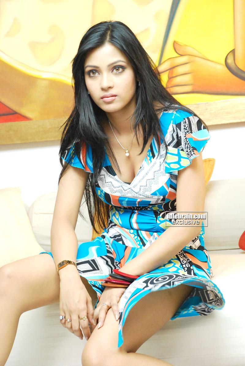 Hot Images Of Indian Actresses Hot Actress Upskirt Images-5302