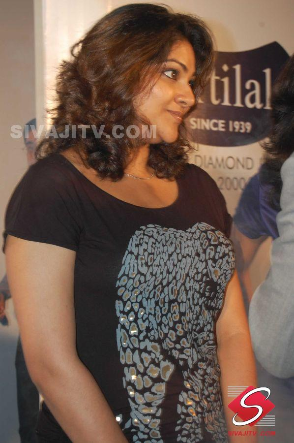 Hot Images Of Indian Actresses Abirami South Actress New -4751