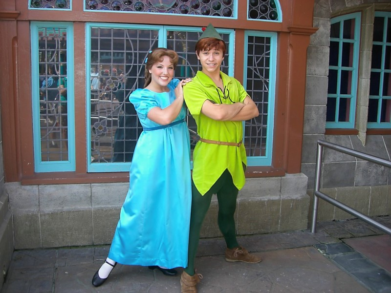 disney peter pan and wendy meet