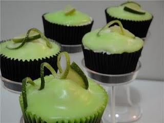 CUPCAKES+VERDE+AMARELO+3 Verde e Amarelo!