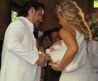 casamento adriane galisteu alexandre iodice 004 Adriane Galisteu (de trança) & Alexandre Iódice!