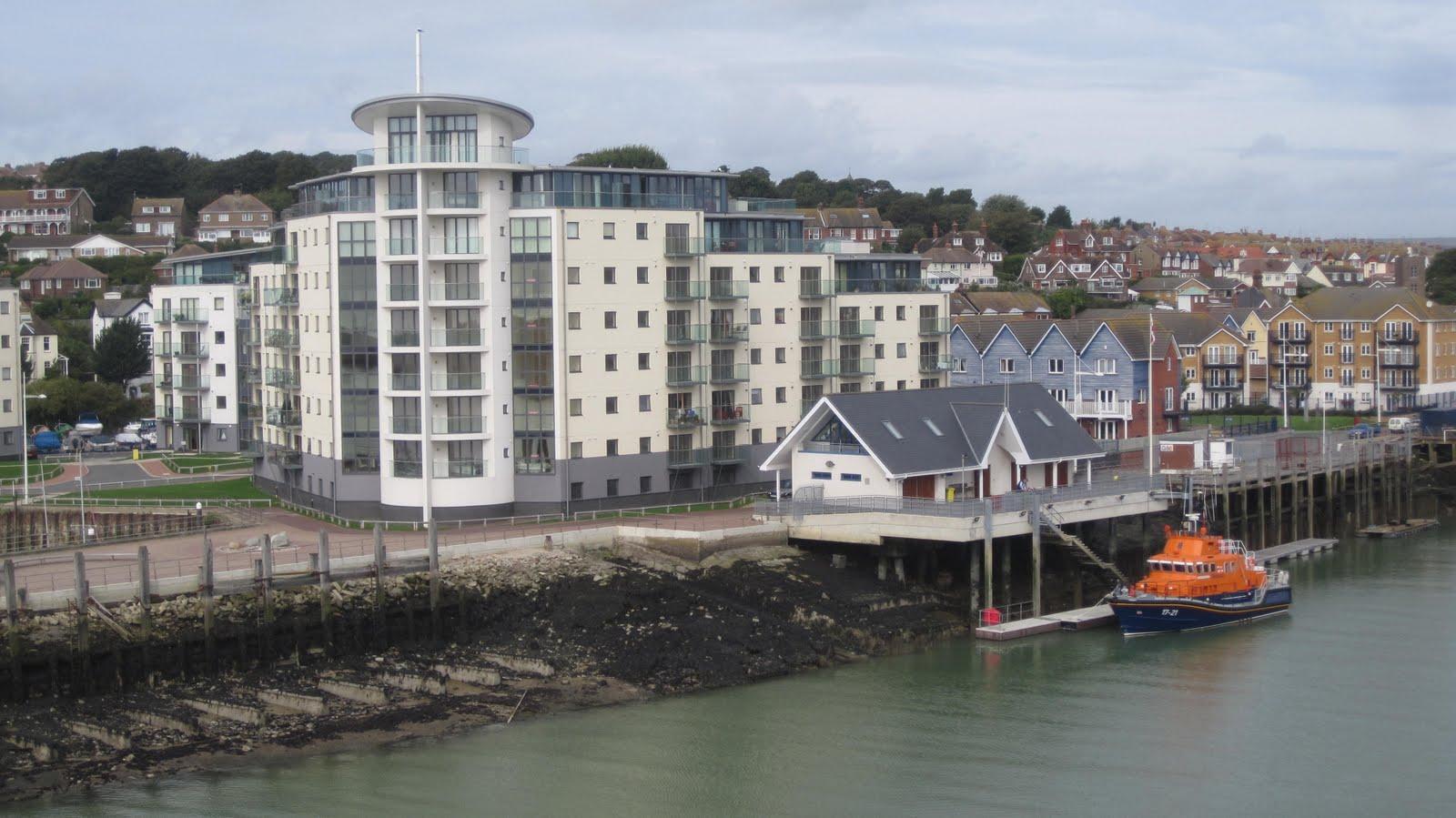 coastal rail journeys uk and near europe brighton to dieppe via newhaven. Black Bedroom Furniture Sets. Home Design Ideas