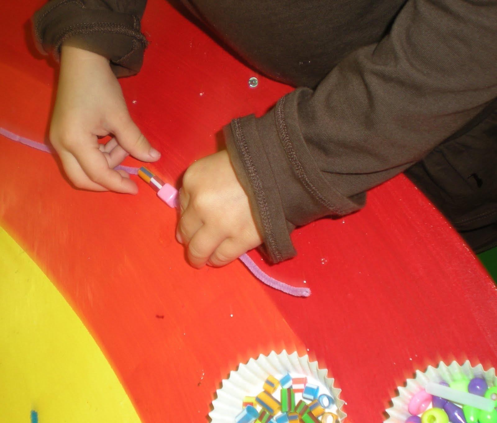 kindergarten hand in hand