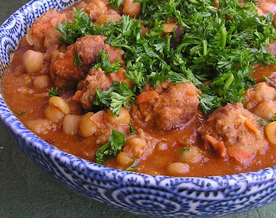 Lamb Meatballs Stewed with Chickpeas