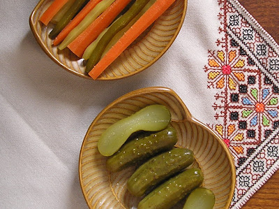 Dill Pickles - Cucumbers, Beans and Carrots