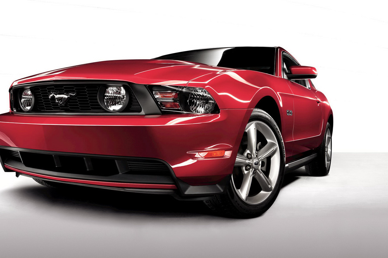 Chevrolet Camaro Outsells Ford Mustang by Almost 20,000