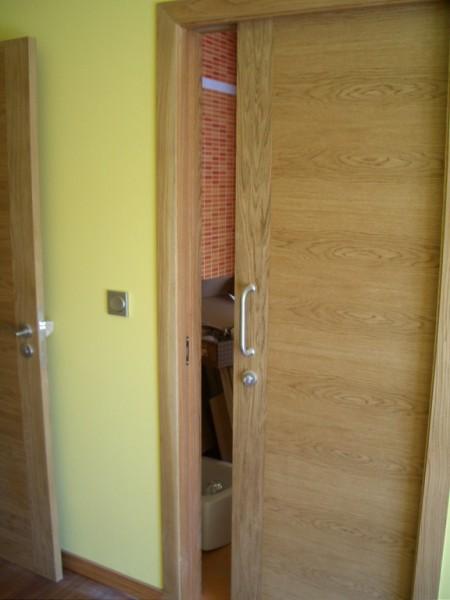 Puertas correderas de madera para interior for Puerta corredera interior madera