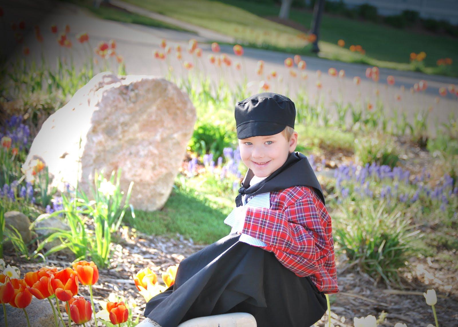 Fits 'N' Giggles Photography: Cute Little Dutch Boy!