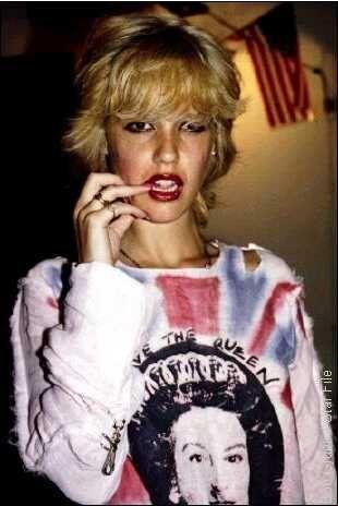 Lil' Blonde Darling: Cyrinda Foxe! ~ Darian Darling: A ...
