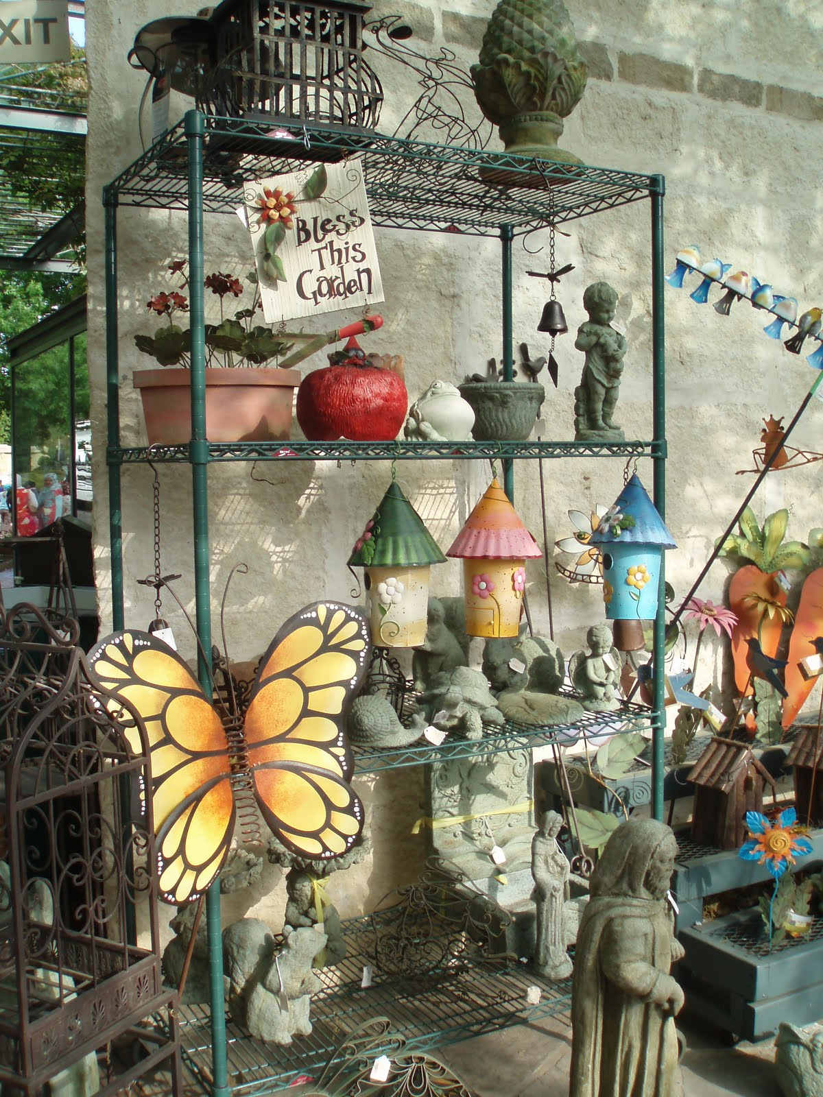 Ethnic Indian Decor: Garden Decoration Accessories And