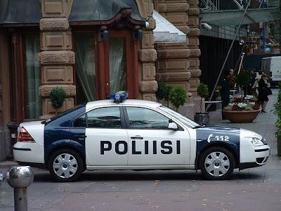 http://4.bp.blogspot.com/_PmZFWsMiEcY/SQQpZ85SWUI/AAAAAAAAAck/_nU-VCxZKFw/s400/police-cars26.jpg