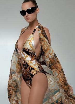 http://4.bp.blogspot.com/_PnrqD2xeU-E/S6JYS6AYaYI/AAAAAAAAAHk/wPTPCV2rfXU/s400/Gold+Print+Monokini+Swimsuit+by+Rebecca+159.jpeg