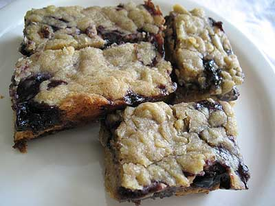 Peanut Butter and Blueberry Jam Shortbread Bars
