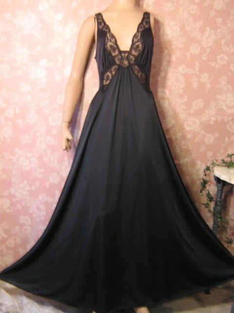 Vintage Pretties  Fabulous Vintage Olga Nightgown in Rare Styles 591ace1de